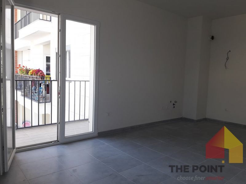 Rent 1 +1 apartment for office