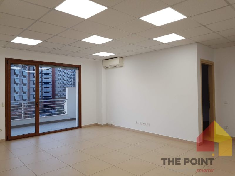 Office 147 sqm for rent in Blv. Gjergj Fishta