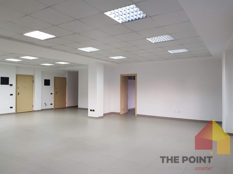 Office space 165 sqm for rent in Blv. Gjergj Fishta