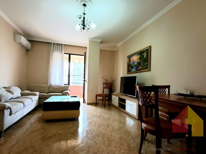 Apartment 2+1 for rent at Sheshi Wilson
